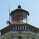 Rött glas i lanterninen.